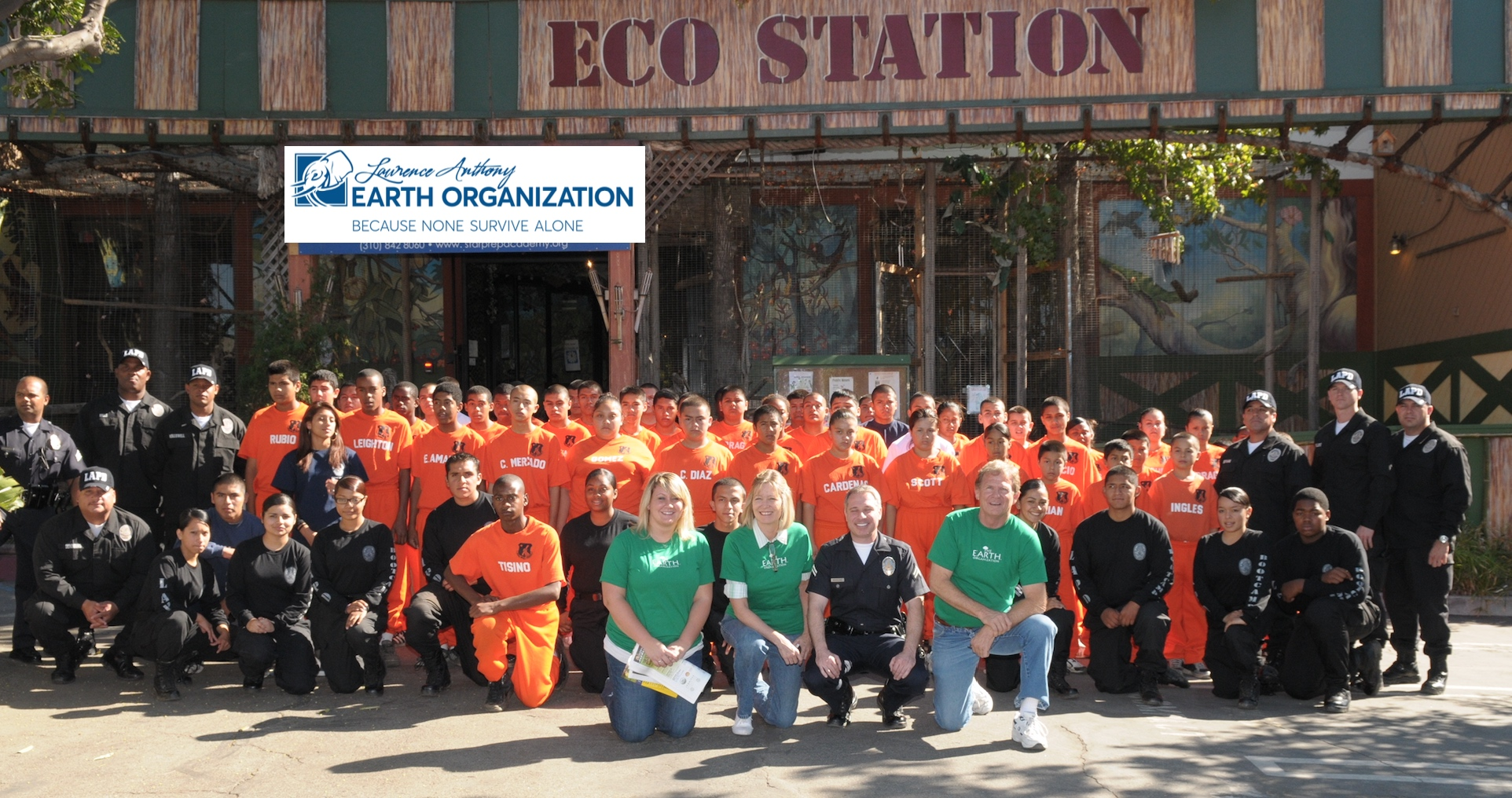 Education - Group Shot LAEO US enlightening at risk youth at Eco Station