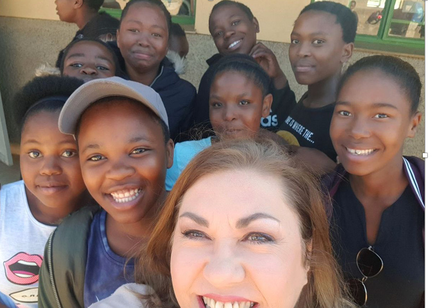SA-Camp-students-with-Yvette-Taylor